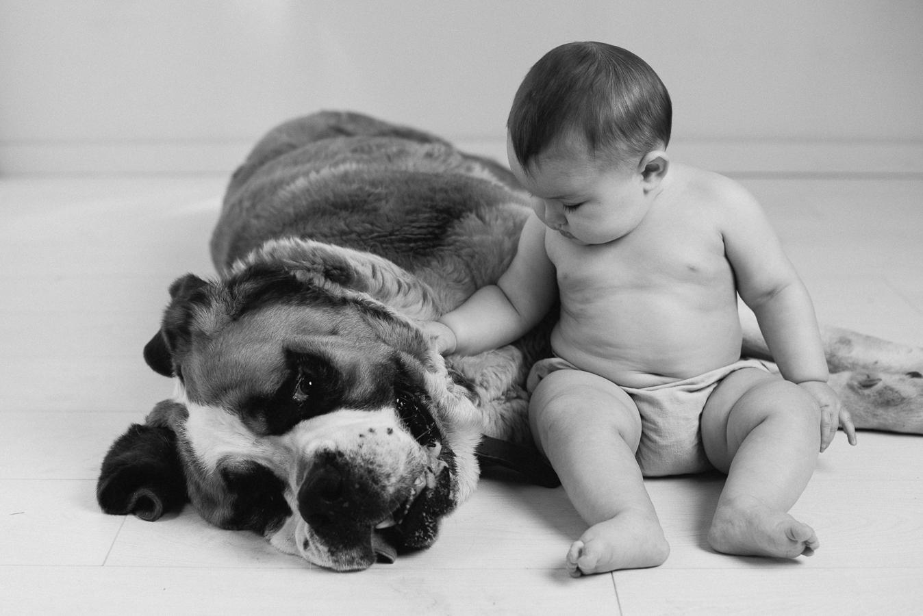 Fotografía de niños y mascotas: Javier y Roberta en mi estudio. 2